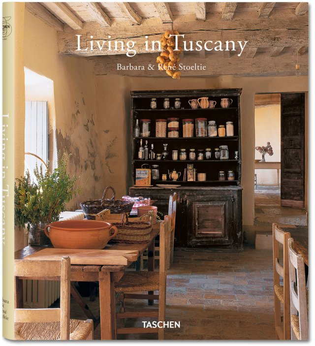 25 Living in Tuscany